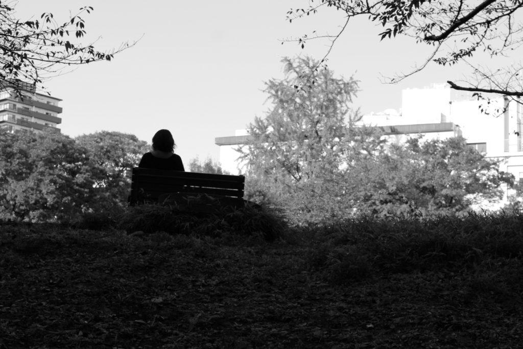 孤独 モノクロ 風景