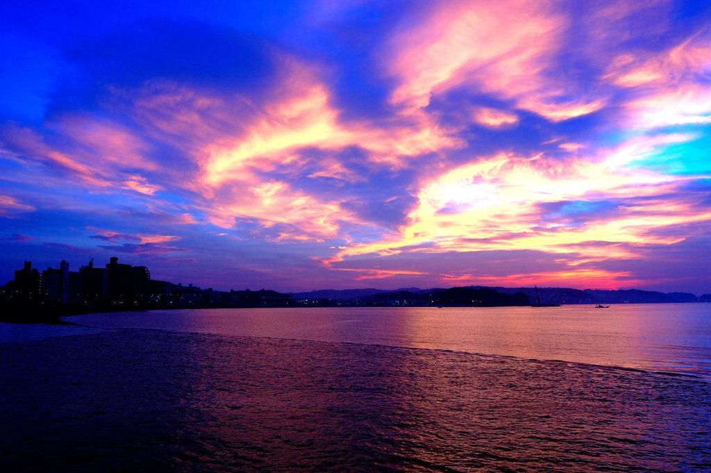 夜明け 海辺 海岸
